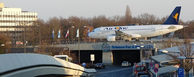Przejazdy na lotnisko Tegel w Berlinie taxi